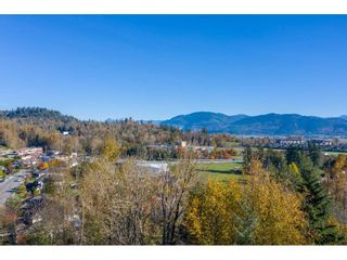 Photo 14: 7816 DUNSMUIR Street in Mission: Mission BC House for sale : MLS®# R2512120