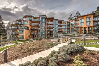 """Photo 2: 501 14855 THRIFT Avenue: White Rock Condo for sale in """"Royce"""" (South Surrey White Rock)  : MLS®# R2149849"""