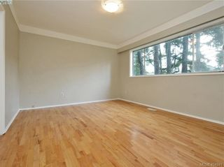 Photo 6: 536 Acland Ave in VICTORIA: Co Wishart North House for sale (Colwood)  : MLS®# 804616