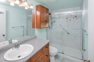 """Photo 18: 603 WESTVIEW Place in North Vancouver: Upper Lonsdale Townhouse for sale in """"Cypress Gardens"""" : MLS®# R2211101"""