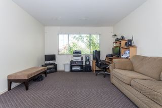 Photo 14: 18185 64 ave in Surrey: Cloverdale BC House for sale (Cloverdale)  : MLS®# R2064928