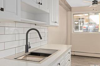 Photo 3: 76 3 Columbia Drive in Saskatoon: River Heights SA Residential for sale : MLS®# SK857119