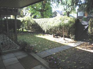 """Photo 2: 1424 WALNUT Street in Vancouver: Kitsilano Condo for sale in """"WALNUT PLACE"""" (Vancouver West)  : MLS®# V614832"""
