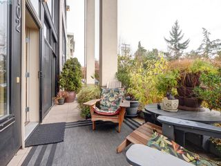 Photo 18: 102 820 Short St in VICTORIA: SE Quadra Row/Townhouse for sale (Saanich East)  : MLS®# 776199