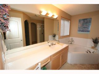 Photo 11: 206 West Creek Mews: Chestermere Residential Detached Single Family for sale : MLS®# C3419222