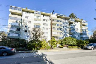 "Main Photo: 207 1425 ESQUIMALT Avenue in West Vancouver: Ambleside Condo for sale in ""Oceanbrook"" : MLS®# R2538114"