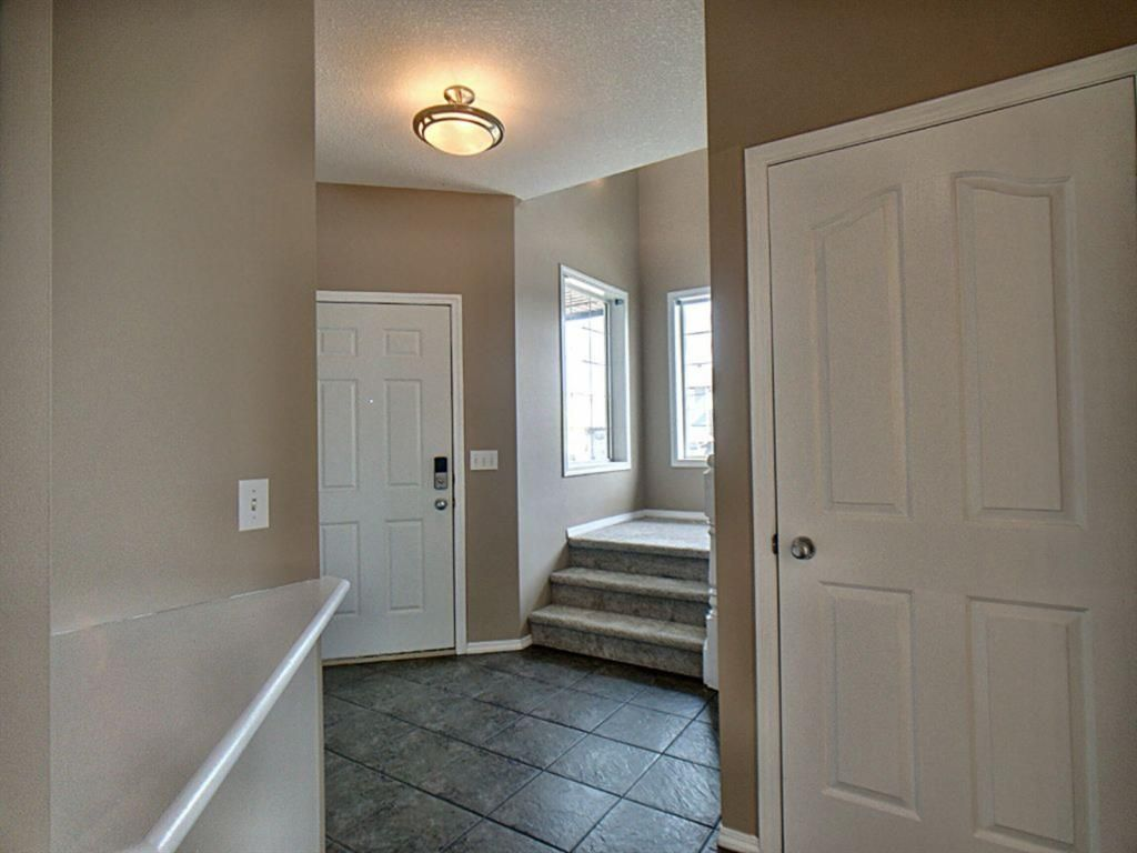 Main Photo: 305 Bayside Place SW: Airdrie Detached for sale : MLS®# A1116379
