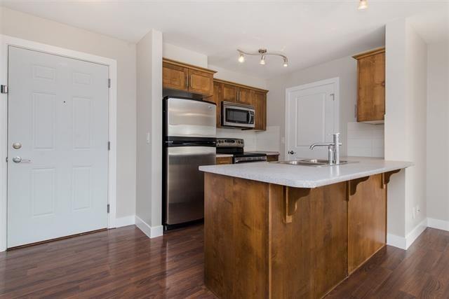 Main Photo: 217 46150 Bole Avenue in : Chilliwack N Yale-Well Condo for sale (Chilliwack)  : MLS®# R2298200