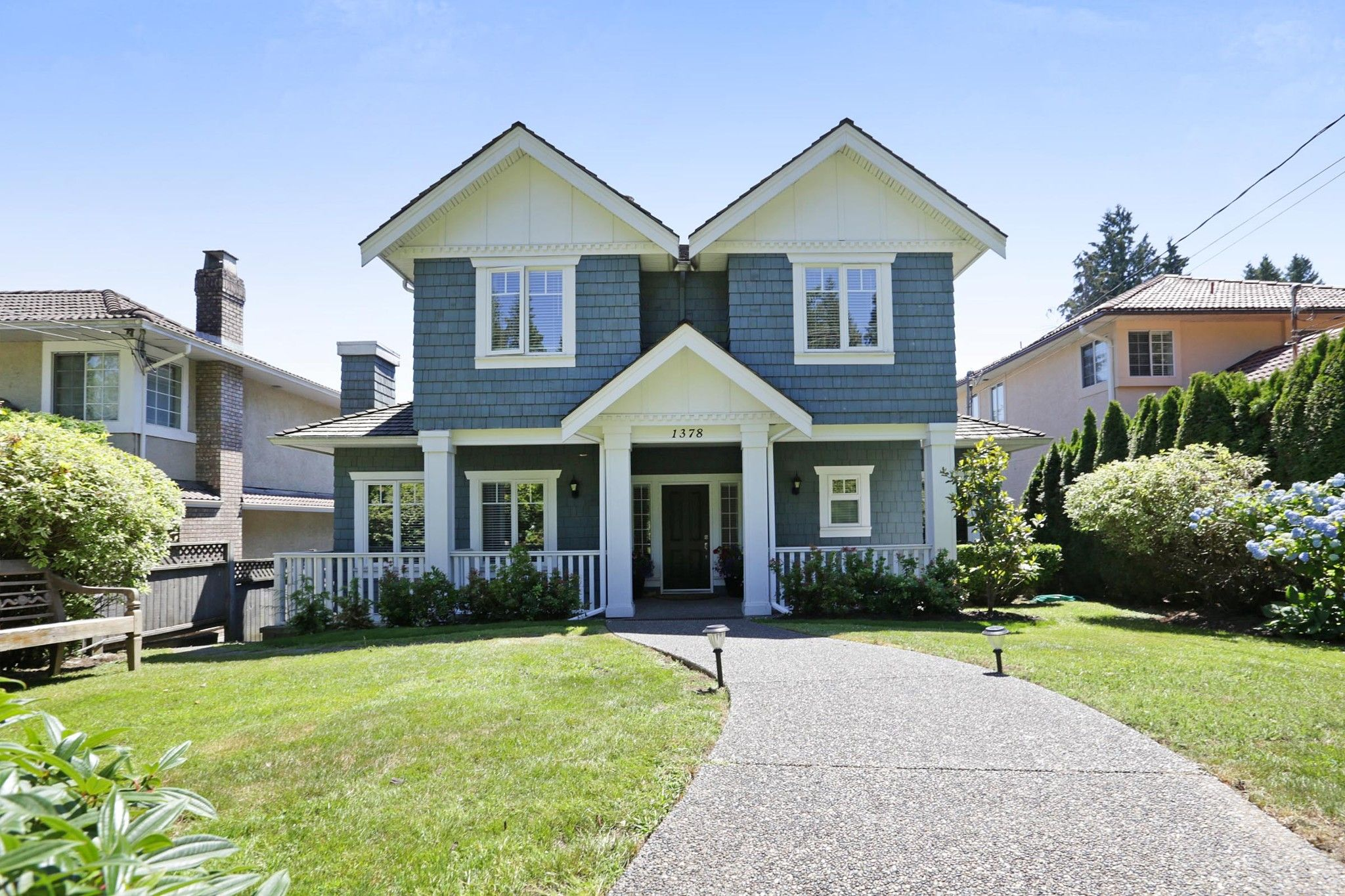 Main Photo: 1378 MATHERS Avenue in West Vancouver: Ambleside House for sale : MLS®# R2287960
