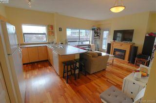 Photo 2: 312 870 Short St in VICTORIA: SE Quadra Condo for sale (Saanich East)  : MLS®# 780881