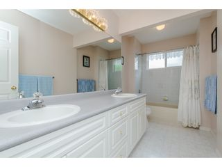 Photo 17: 21093 43 Avenue in Langley: Brookswood Langley House for sale : MLS®# R2088477