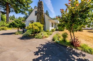 Photo 2: 810 Back Rd in : CV Courtenay East House for sale (Comox Valley)  : MLS®# 883531