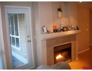 """Photo 6: 115 9979 140TH Street in Surrey: Whalley Condo for sale in """"Sherwood Green"""" (North Surrey)  : MLS®# F2902770"""
