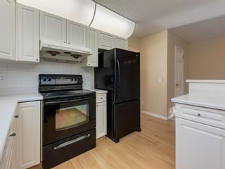 Photo 14: 16 110 10 Avenue NE in Calgary: Crescent Heights Semi Detached for sale : MLS®# A1048311