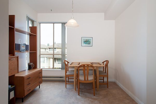 """Photo 16: Photos: # 311 3755 W 8TH AV in Vancouver: Point Grey Condo for sale in """"THE CUMBERLAND"""" (Vancouver West)  : MLS®# V1040579"""