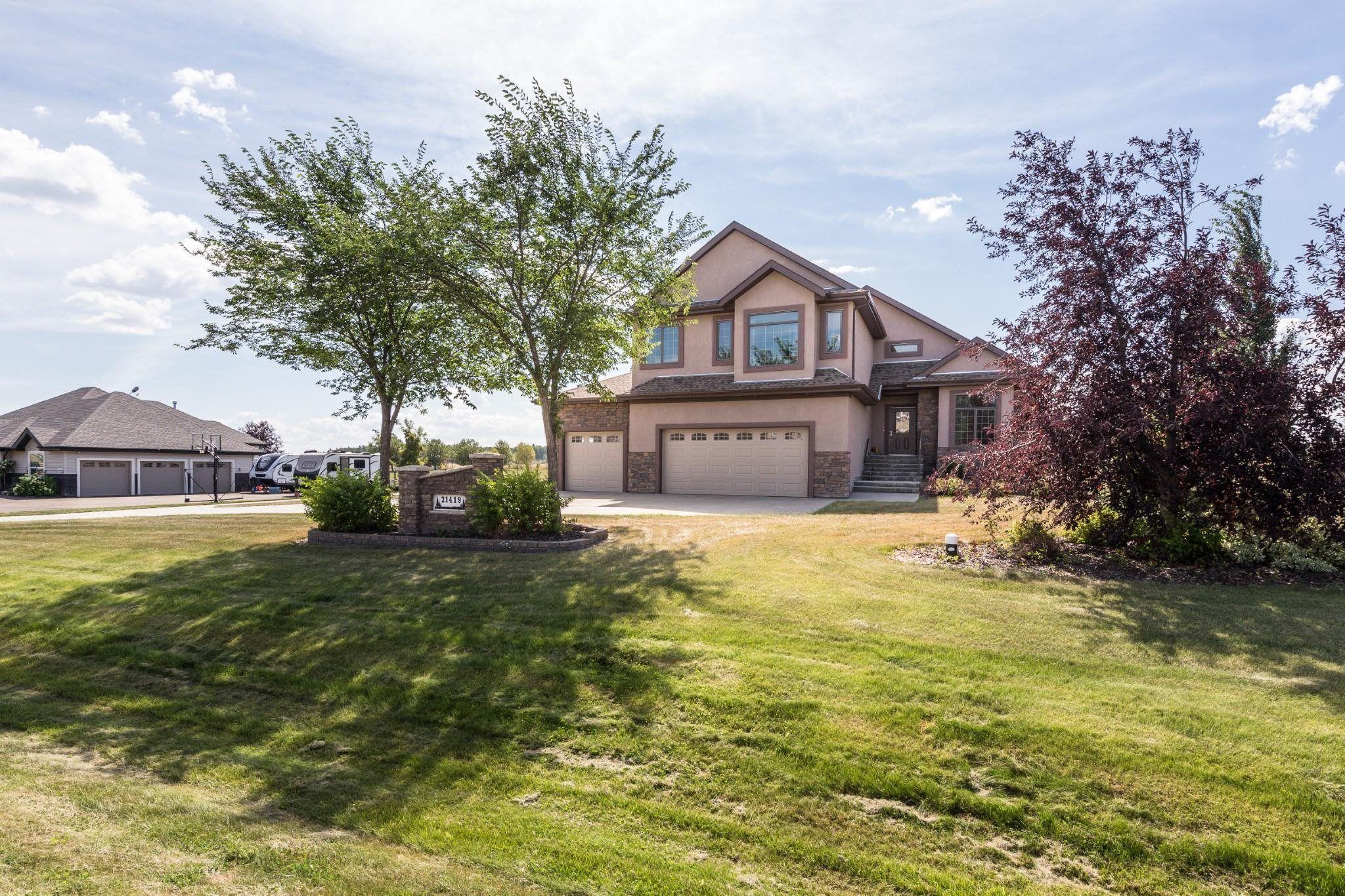 Main Photo: 21419 25 Avenue in Edmonton: Zone 57 House for sale : MLS®# E4258942
