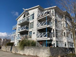 """Photo 11: 408 1990 E KENT AVENUE SOUTH in Vancouver: South Marine Condo for sale in """"HARBOUR HOUSE AT TUGBOAT LANDING"""" (Vancouver East)  : MLS®# R2539261"""