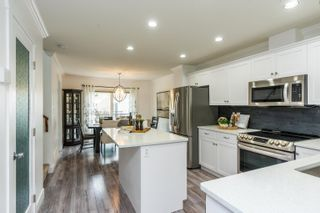 """Photo 3: 37 45085 WOLFE Road in Chilliwack: Chilliwack W Young-Well Townhouse for sale in """"TOWNSEND TERRACE"""" : MLS®# R2625489"""