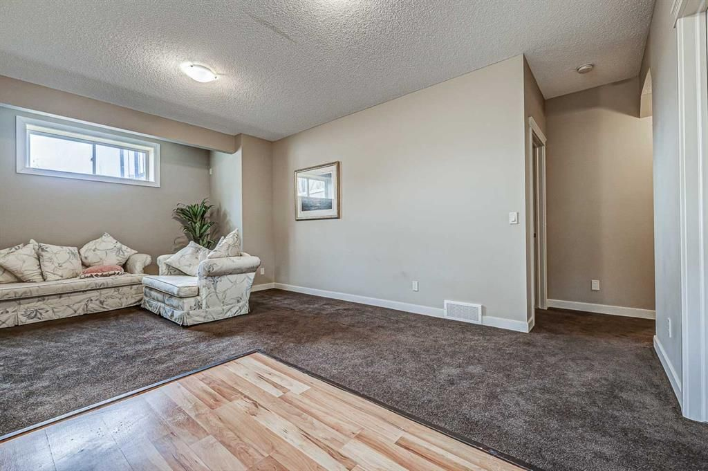 Photo 30: Photos: 200 EVERBROOK Drive SW in Calgary: Evergreen Detached for sale : MLS®# A1102109