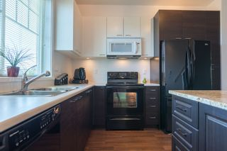 """Photo 4: 10 7348 192A Street in Surrey: Clayton Townhouse for sale in """"Knoll"""" (Cloverdale)  : MLS®# R2069354"""