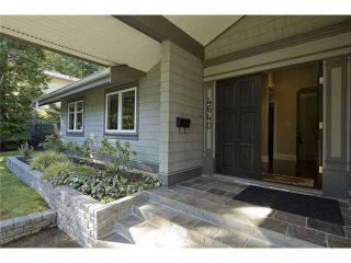 """Photo 2: 4640 WOODBURN RD in West Vancouver: Cypress Park Estates House for sale in """"CYPRESS PARK ESTATES"""" : MLS®# V936602"""