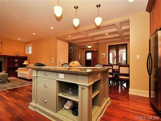 Photo 5: 238 Richmond Avenue in VICTORIA: Vi Fairfield East Residential for sale (Victoria)  : MLS®# 332404