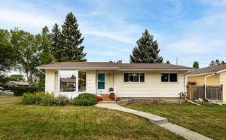 Photo 2: 10611 144 Street in Edmonton: Zone 21 House for sale : MLS®# E4266010