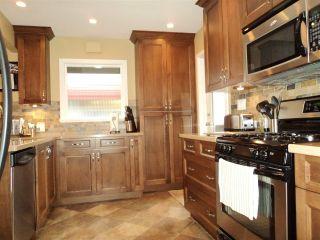 Photo 7: 1415 REGAN Avenue in Coquitlam: Central Coquitlam House for sale : MLS®# R2019990