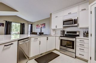 Photo 12: 23 Country Hills Link NW in Calgary: Country Hills Detached for sale : MLS®# A1136461