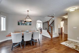 Photo 5: 87 Douglasview Road SE in Calgary: Douglasdale/Glen Detached for sale : MLS®# A1061965