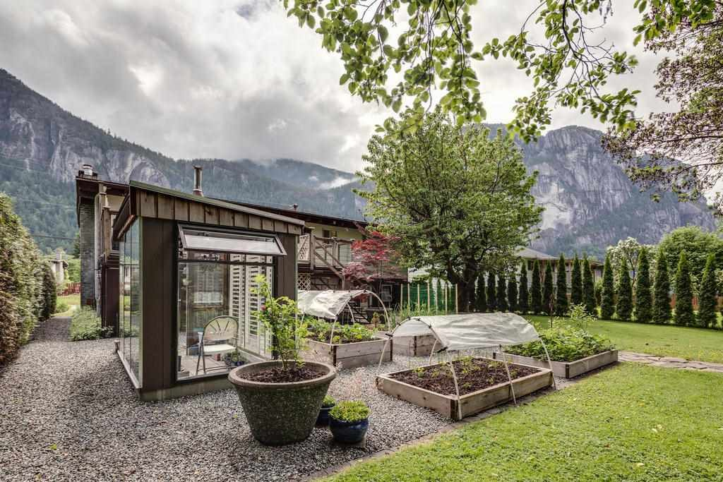Photo 17: Photos: 38117 WESTWAY Avenue in Squamish: Valleycliffe House for sale : MLS®# R2172639