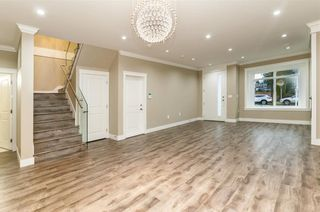 Photo 2: 5550 HALLEY Avenue in Burnaby: Central Park BS 1/2 Duplex for sale (Burnaby South)  : MLS®# R2234357