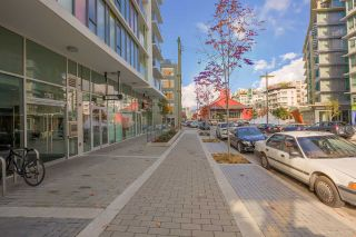 """Photo 18: 611 1783 MANITOBA Street in Vancouver: False Creek Condo for sale in """"The Residences at West"""" (Vancouver West)  : MLS®# R2155834"""