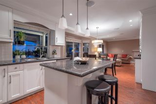 "Photo 7: 2579 CAMBERLEY Court in Coquitlam: Coquitlam East House for sale in ""DARTMOOR/RIVER HEIGHTS"" : MLS®# R2429739"