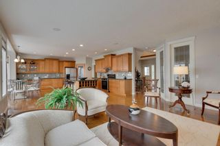 Photo 12: 52 Springbluff Lane SW in Calgary: Springbank Hill Detached for sale : MLS®# A1043718
