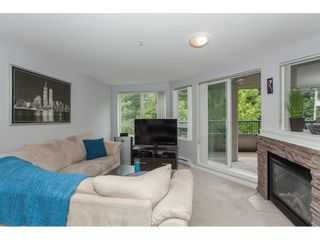 """Photo 3: A302 2099 LOUGHEED Highway in Port Coquitlam: Glenwood PQ Condo for sale in """"SHAUGHNESSY SQUARE"""" : MLS®# R2088151"""