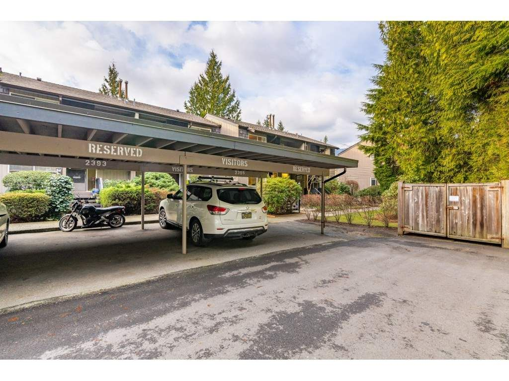 "Photo 38: Photos: 2393 MOUNTAIN Highway in North Vancouver: Lynn Valley Townhouse for sale in ""WORKWOOD PARK"" : MLS®# R2532253"