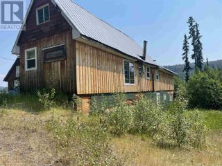 Photo 2: 3194 LITTLE LAKE-QUESNEL RIVER ROAD in Likely: House for sale : MLS®# R2602206