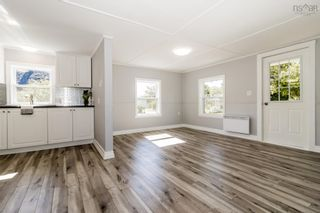 Photo 2: 215 Oakdene Avenue in North Kentville: 404-Kings County Residential for sale (Annapolis Valley)  : MLS®# 202124740