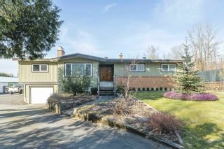 Main Photo: 25681 ROBERTSON Crescent in Langley: Salmon River House for sale : MLS®# R2624453
