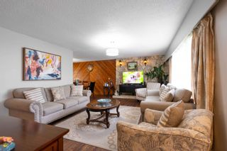 Photo 9: 2104 CARMEN Place in Port Coquitlam: Mary Hill House for sale : MLS®# R2615251