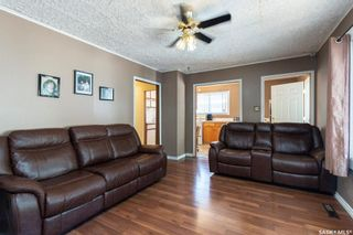 Photo 3: 4 Aberdeen Place in Saskatoon: Kelsey/Woodlawn Residential for sale : MLS®# SK861461