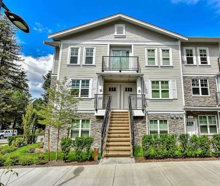 """Main Photo: 201 4135 SARDIS Street in Burnaby: Central Park BS Townhouse for sale in """"Paddington House"""" (Burnaby South)  : MLS®# R2620572"""