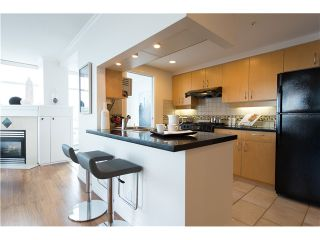 """Photo 12: # 3002 1199 MARINASIDE CR in Vancouver: Yaletown Condo for sale in """"Aquarius Mews"""" (Vancouver West)  : MLS®# V1029094"""
