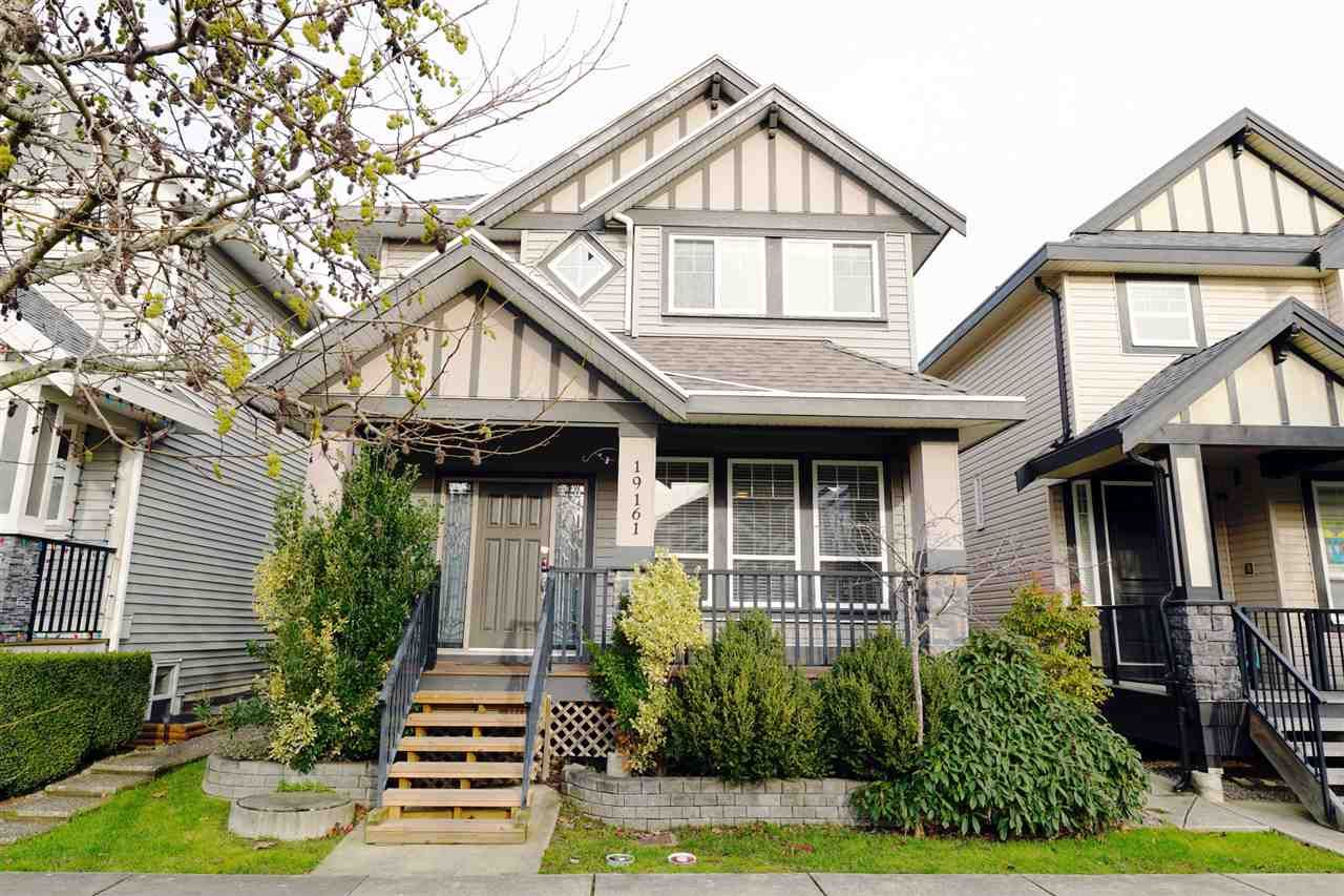 Main Photo: 19161 69A Avenue in Surrey: Clayton House for sale (Cloverdale)  : MLS®# R2521643