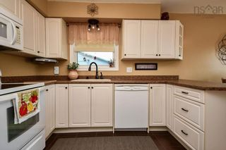Photo 10: 104 Shrewsbury Road in Dartmouth: 16-Colby Area Residential for sale (Halifax-Dartmouth)  : MLS®# 202125596