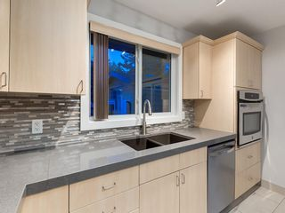 Photo 9: 320 CANNIFF Place SW in Calgary: Canyon Meadows Detached for sale : MLS®# A1080167