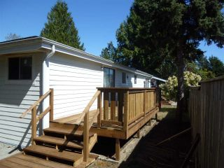 "Photo 12: 769 CASCADE Crescent in Gibsons: Gibsons & Area Manufactured Home for sale in ""GIBSONS"" (Sunshine Coast)  : MLS®# R2566000"