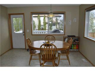 Photo 4: 163 FAIRWAYS Close NW: Airdrie Residential Detached Single Family for sale : MLS®# C3525274