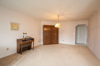 "Photo 9: 221 15153 98 Avenue in Surrey: Guildford Townhouse for sale in ""Glenwood Village"" (North Surrey)  : MLS®# R2040230"